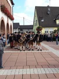 Maibaumaufstellen-Rittershoffen4